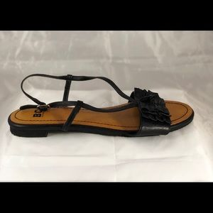 🌹❤️BC black leather sandals. Size 8